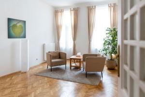 Therapieraum-Praxisraum-Innerpeace-Wien-Einzelstunden-mieten-wien