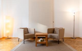 Therapieraum-Praxisraum-Innerpeace-Wien-Einzelstunden-mieten-wien-praxisraum-birke